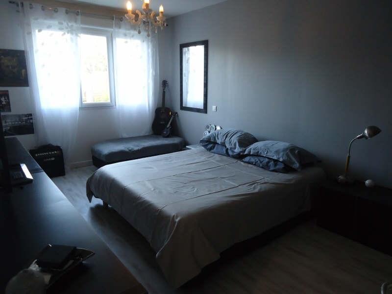 Sale house / villa Lesigny 520000€ - Picture 8