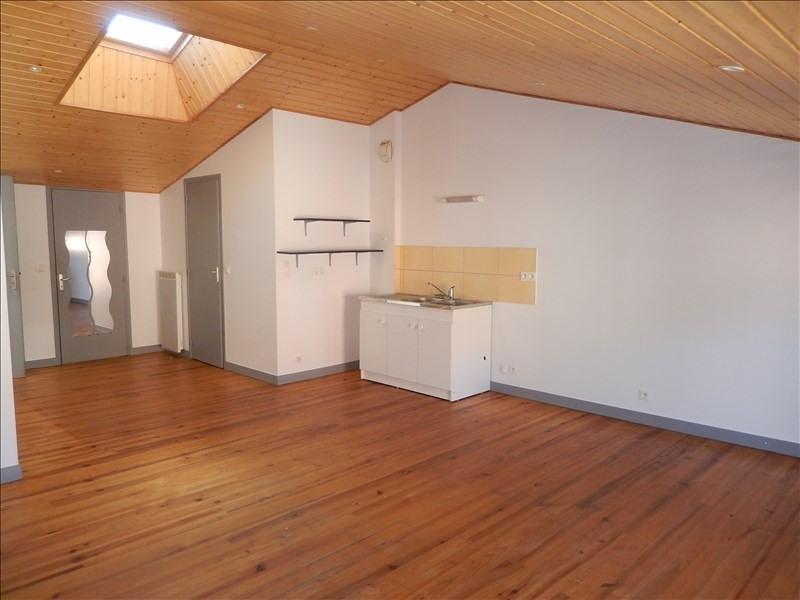Rental apartment Brives charensac 396,79€ CC - Picture 2