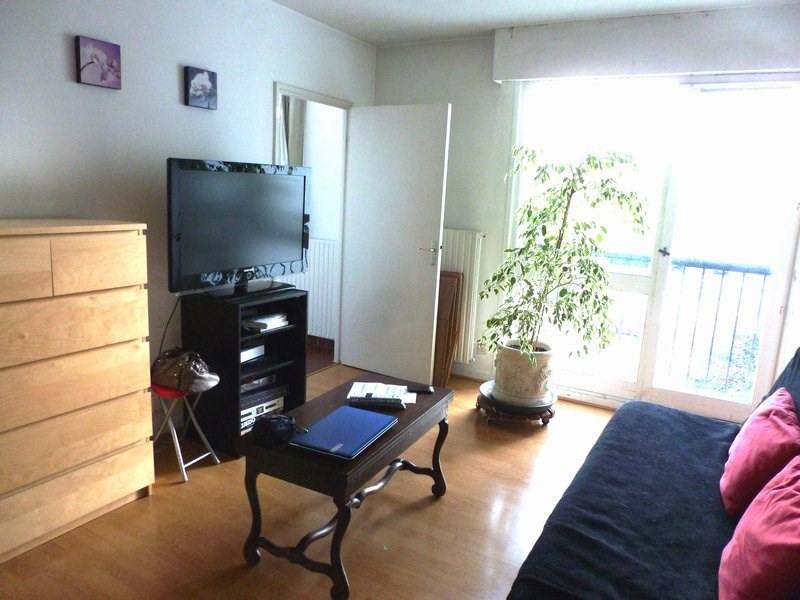 Rental apartment Maurepas 606€ CC - Picture 1