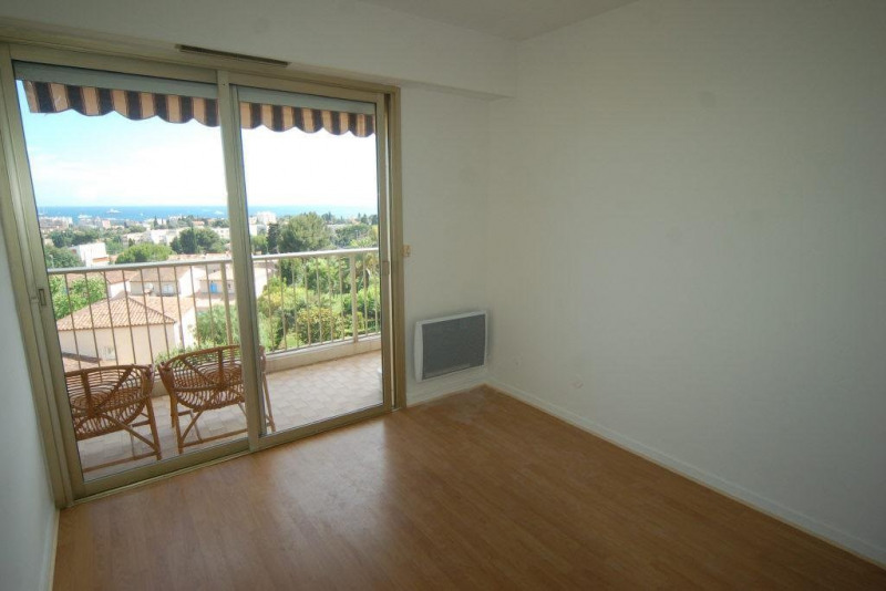 Rental apartment Antibes 867€ CC - Picture 5