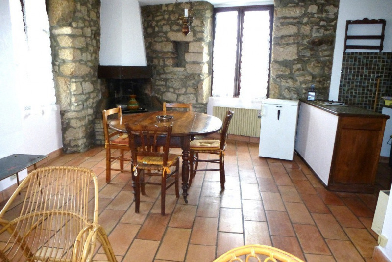 Location appartement Aubenas 322€ CC - Photo 2