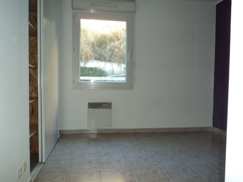 Rental apartment Menton 690€ CC - Picture 4