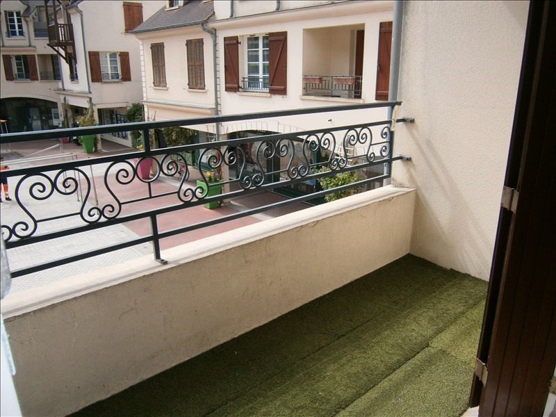 Location appartement Buc 870€ CC - Photo 5
