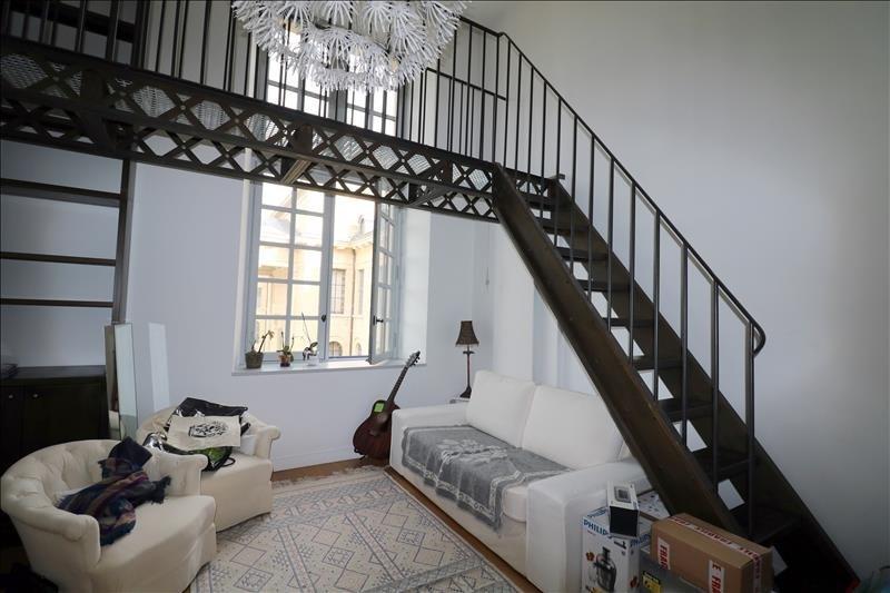 Rental apartment Versailles 1720€ CC - Picture 1