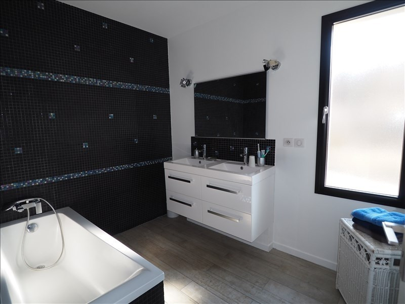 Deluxe sale house / villa Pierrevert 655000€ - Picture 9