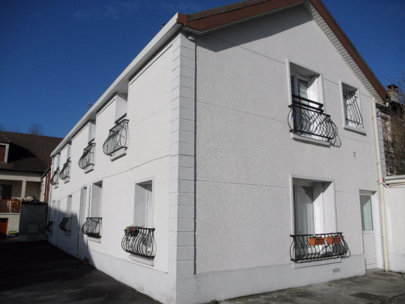 Rental apartment Vert le grand 660€ CC - Picture 1