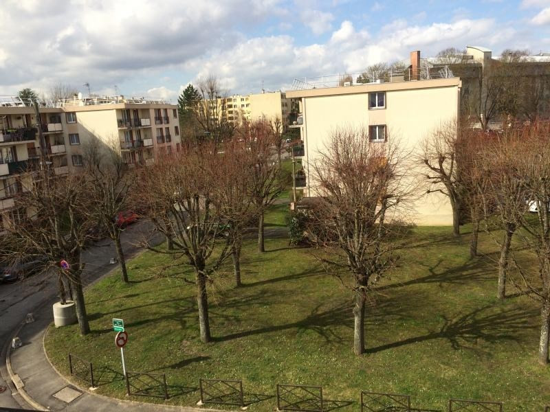 Sale apartment Brou sur chantereine 181 000€ - Picture 2