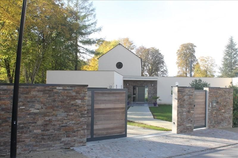 Deluxe sale house / villa Crespieres 1190000€ - Picture 2