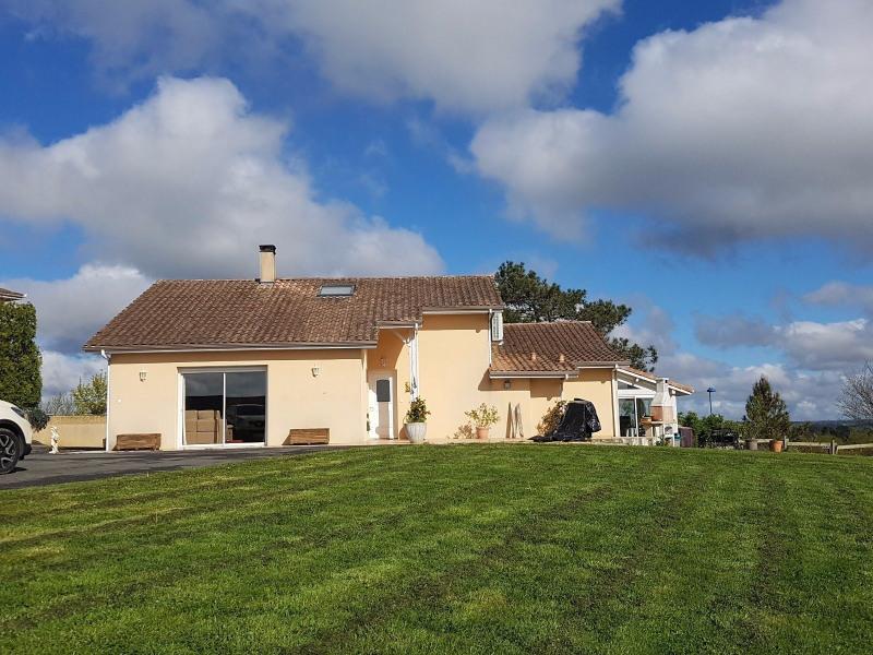 Vente maison / villa Bassercles 147000€ - Photo 2