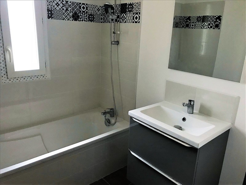 Sale apartment Troyes 165000€ - Picture 2