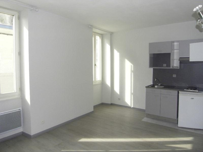 Rental apartment Cognac 375€ CC - Picture 1