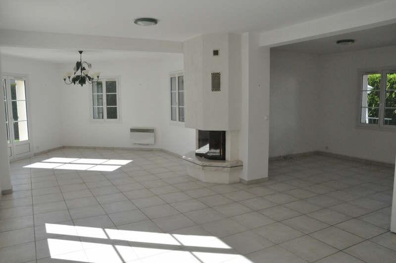 Rental house / villa St nom la breteche 3200€ CC - Picture 2