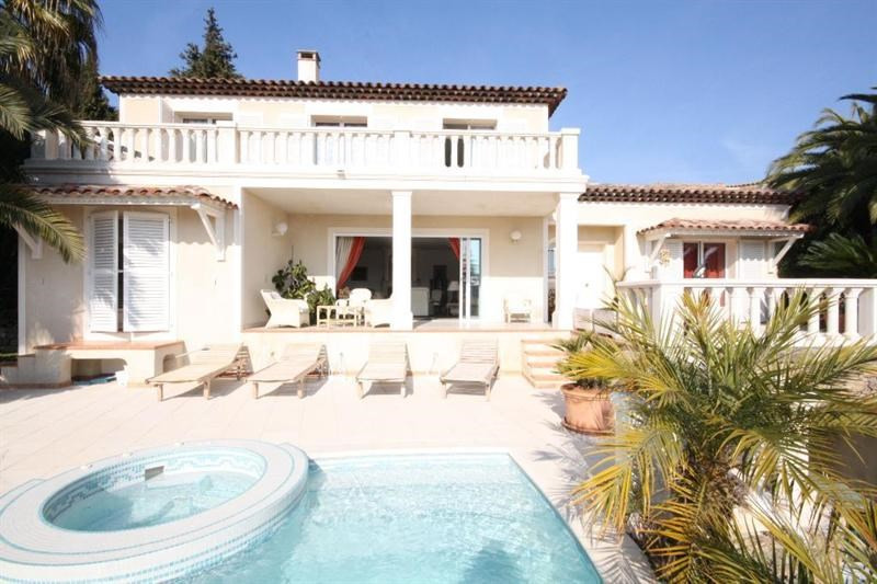 Vente de prestige maison / villa Le golfe juan 1690000€ - Photo 1