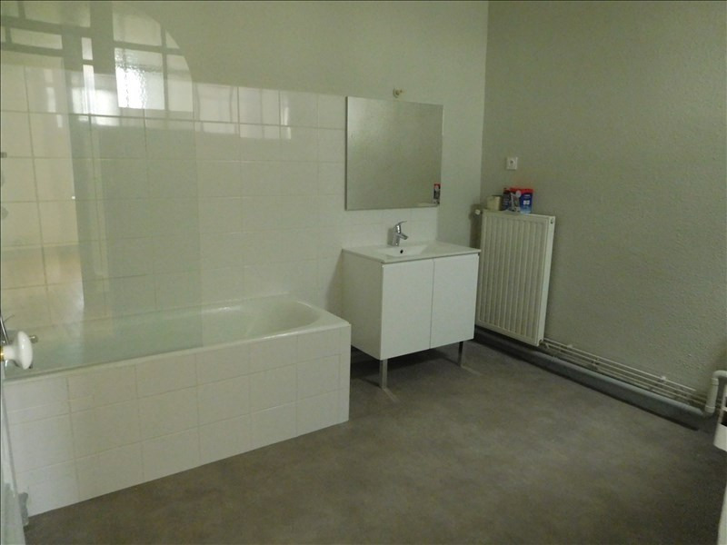 Rental apartment Le puy en velay 486,79€ +CH - Picture 4