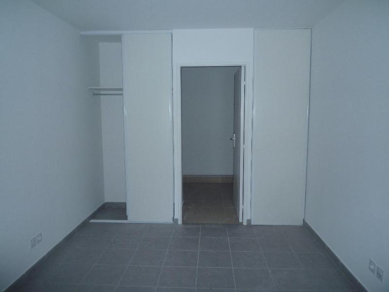 Rental apartment Saint fons 560€ CC - Picture 6