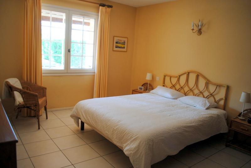 Vente maison / villa Bagnols-en-forêt 525000€ - Photo 30