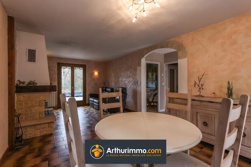 Sale house / villa Morestel 205725€ - Picture 2
