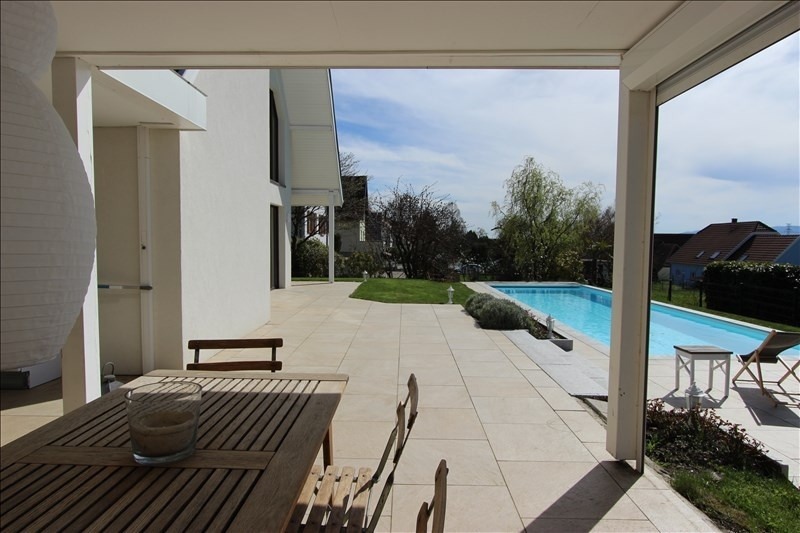 Deluxe sale house / villa Osthoffen 596000€ - Picture 1