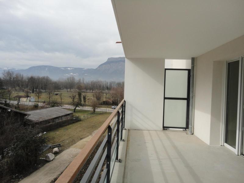 Location appartement Domene 855€ CC - Photo 2