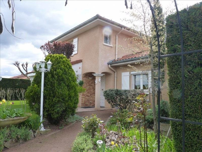 Sale house / villa Montbrison 265 000€ - Picture 1