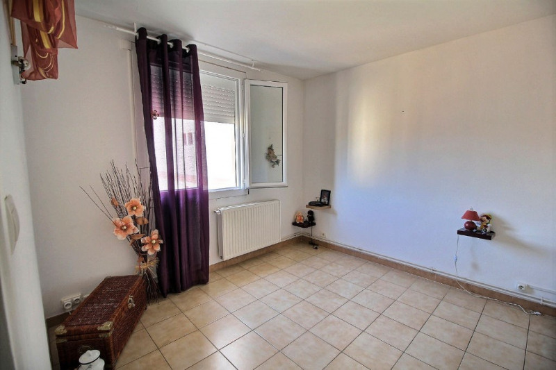 Vente appartement Beaucaire 80 000€ - Photo 5