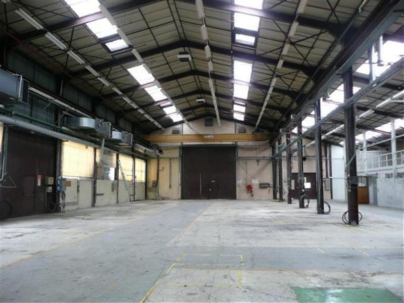 Location Local d'activités / Entrepôt Saint-Étienne-de-Saint-Geoirs 0