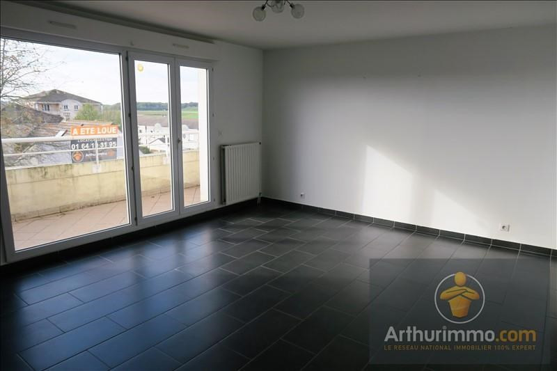 Location appartement Moissy cramayel 850€ CC - Photo 1
