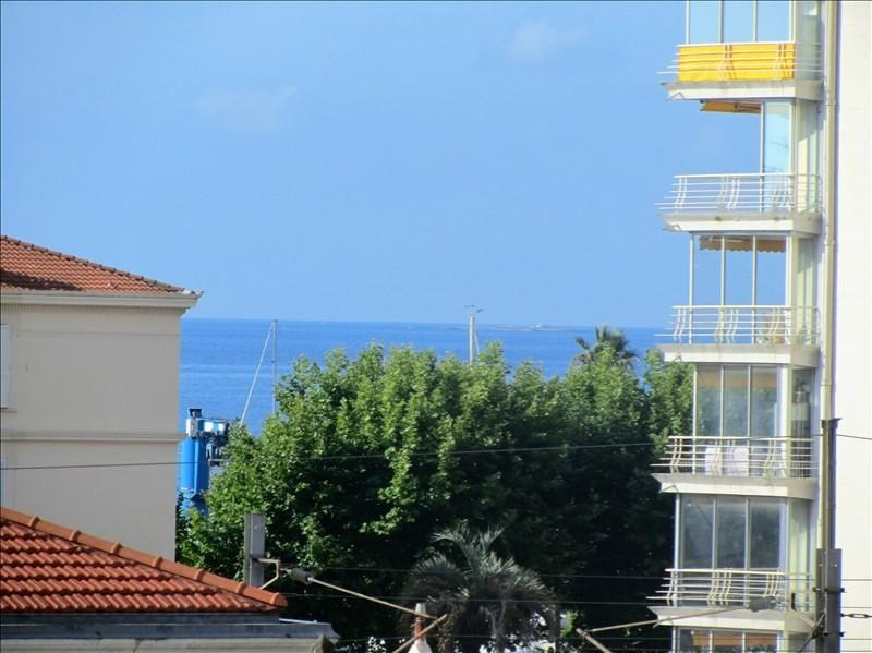Sale apartment Le golfe juan 245 000€ - Picture 1