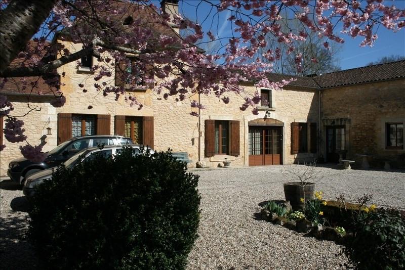 Sale house / villa Les eyzies de tayac sireui 275600€ - Picture 1