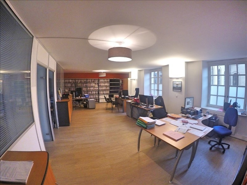 Sale office Versailles 1 590 000€ - Picture 3
