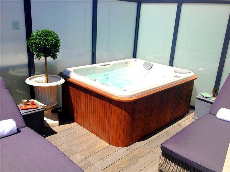 Deluxe sale apartment Biarritz 843000€ - Picture 10