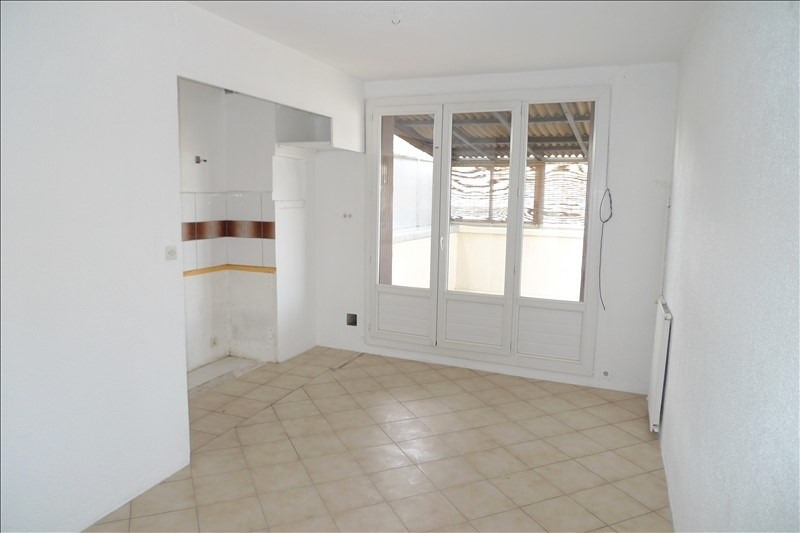 Location appartement Marseille 10ème 700€ CC - Photo 3