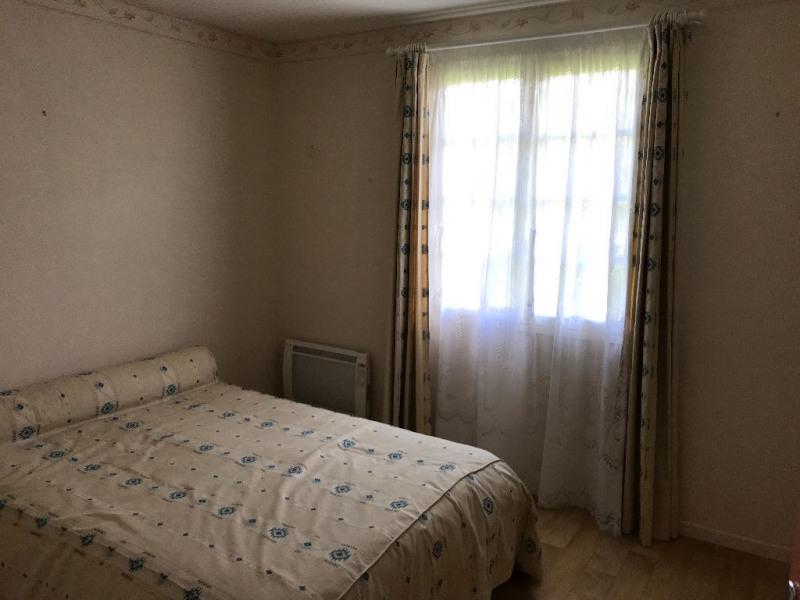 Sale house / villa Pommeuse 215000€ - Picture 6