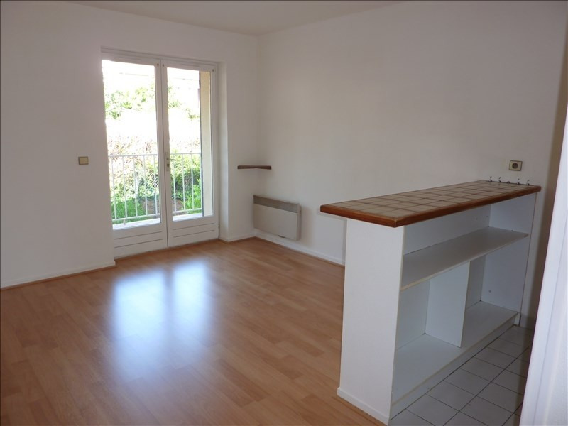 Location appartement Orsay 601€ CC - Photo 4