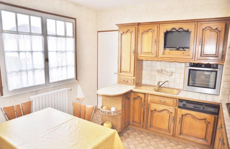 Sale house / villa Laval 166700€ - Picture 4