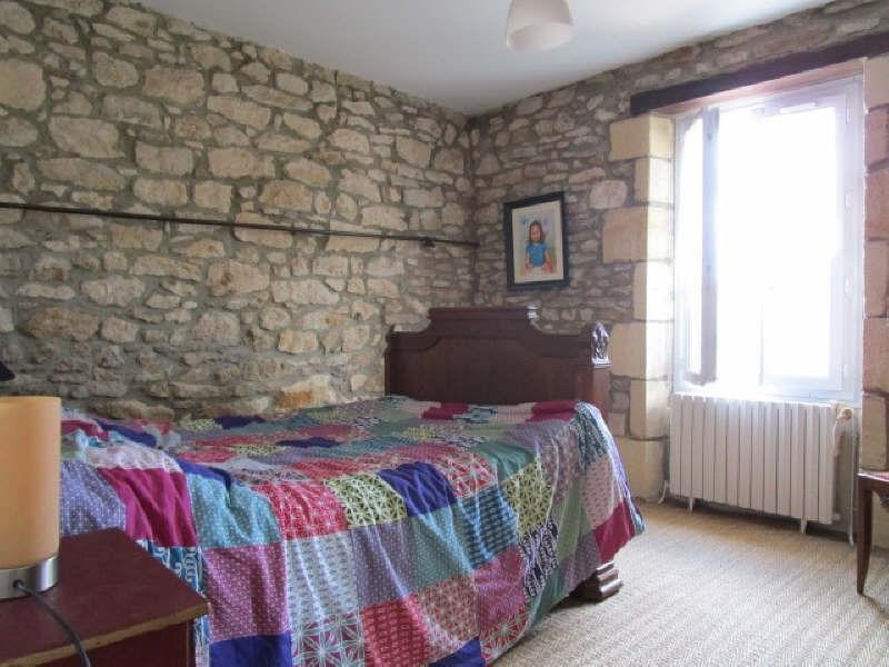 Sale house / villa Blaye 193000€ - Picture 6