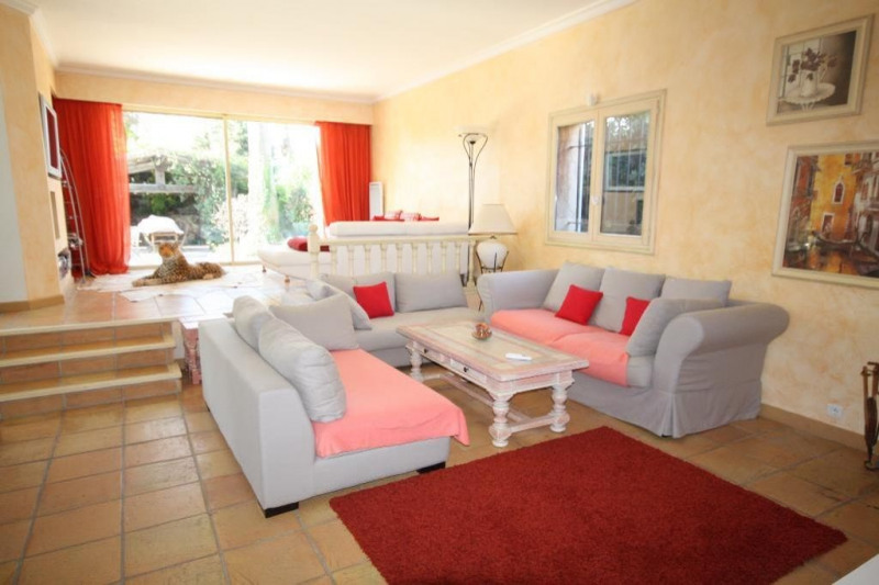 Deluxe sale house / villa Juan-les-pins 1 890 000€ - Picture 3