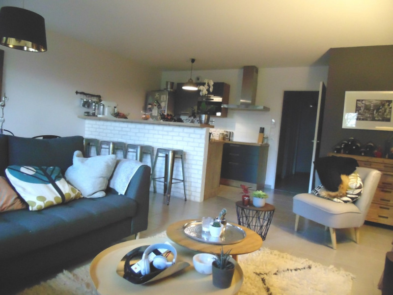 Sale apartment Veurey voroize 234 000€ - Picture 2