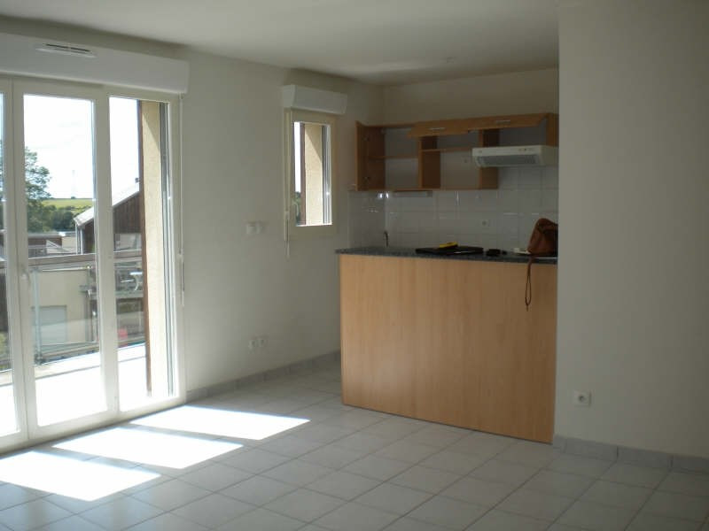 Location appartement Vendome 453€ CC - Photo 1