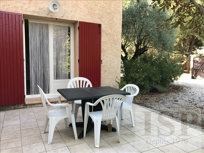 Rental apartment Aix en provence 796€ CC - Picture 1