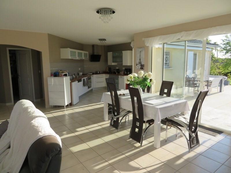 Sale house / villa Villefranche de lonchat 265000€ - Picture 3