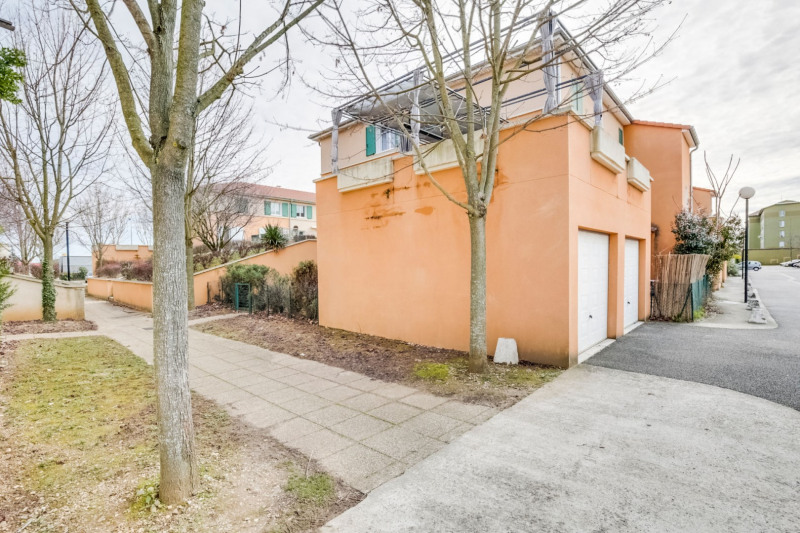 Appartement Vaulx En Velin - 2 pièce (s) - 48,85 m²