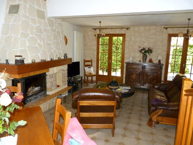 Sale house / villa Hericy 400000€ - Picture 2