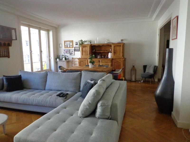 Location appartement Lyon 3ème 2 152€ CC - Photo 2
