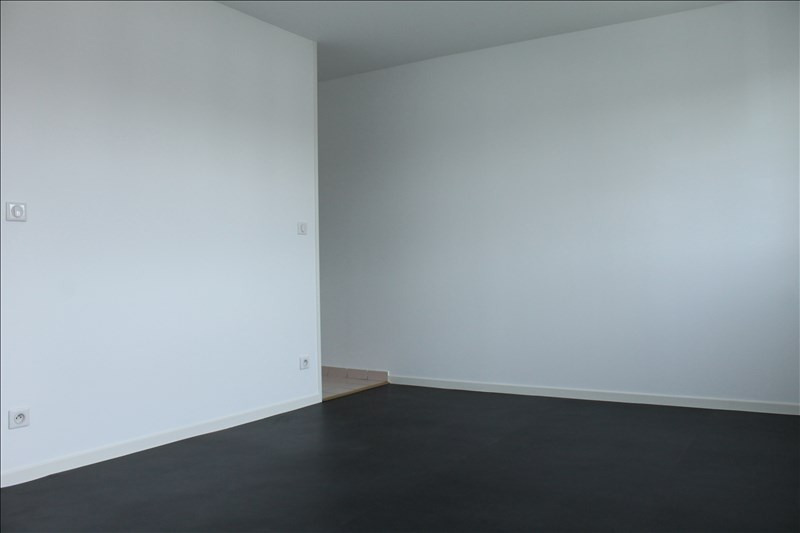 Location appartement Osny 580€ CC - Photo 3