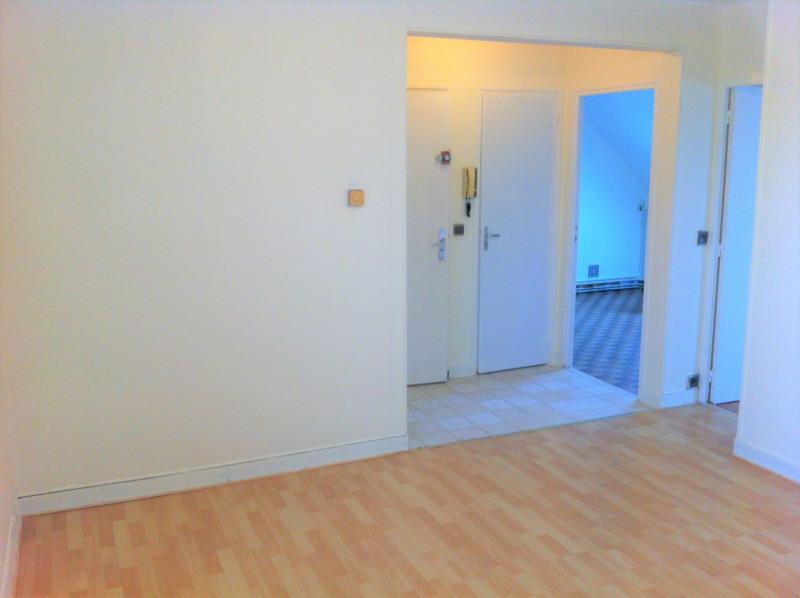 Rental apartment Pierrelaye 623€ CC - Picture 3