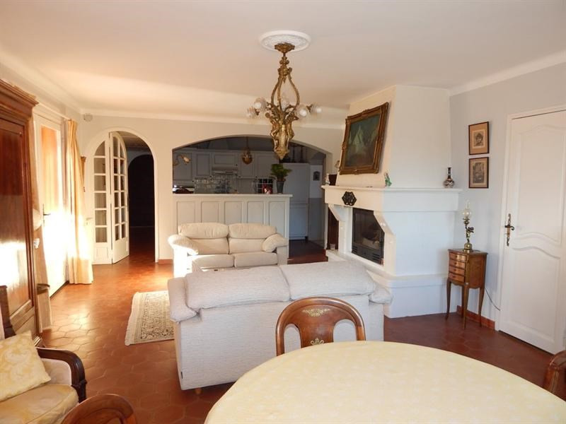 Vente maison / villa Salernes 367 500€ - Photo 6