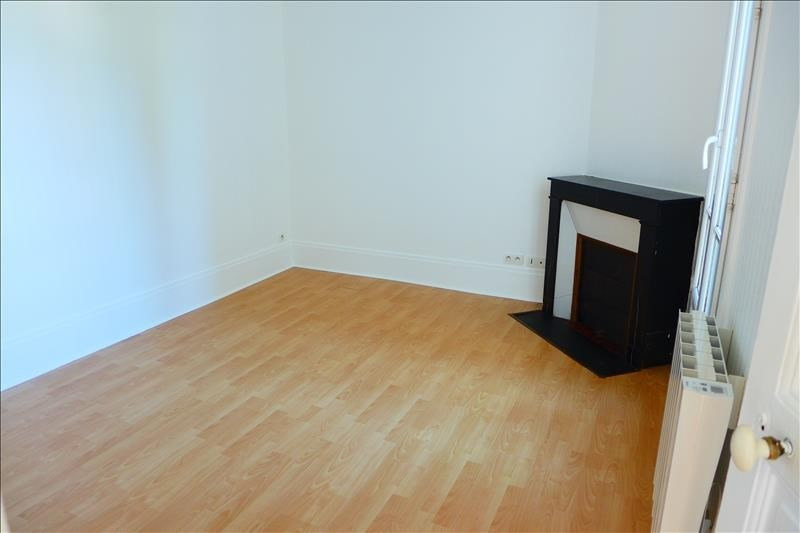 Location appartement Garches 785€ CC - Photo 5