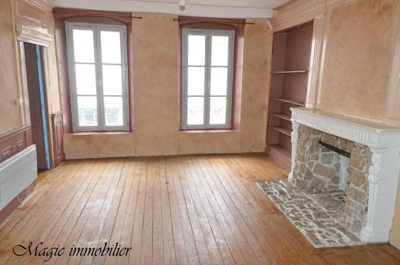 Rental apartment Nantua 317€ CC - Picture 1
