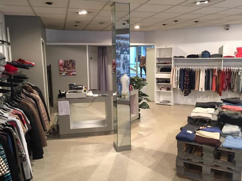 Commercial property sale shop Amplepuis 24500€ - Picture 1